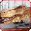 Objeto expuesto del dinosaurio - pista enorme del dinosaurio