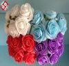 花束Flowesの多彩な人工花と結婚している花嫁