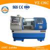 중심 CNC 선반 기계를 도는 중국 CNC