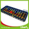 Incríveis trampolim para crianças Estacionamento dos equipamentos para a área de lazer coberta