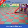 Azulejos de suelo de goma de goma del patio de las pavimentadoras/de los niños del azulejo del dispositivo de seguridad