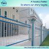 Cerca do balcão para a proteção da casa