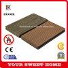 Le gaufrage du grain du bois WPC Composite Decking Outdoor Flooring