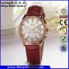Reloj clásico de la mujer del cuarzo de la correa de cuero de la manera OEM/ODM (Wy-099D)