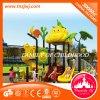 Fantasie-Kind-Plastikplättchen, im Freienspielplatz eingestellt für Verkauf