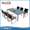 Chaise en rotin tissé plateau en verre de table à manger ensemble