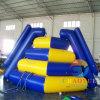 Juguete de la diapositiva del agua inflable del OEM que sube para el parque de los deportes de agua