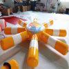 ウォーター・スポーツのための浮遊ヒトデ膨脹可能な水ゲームのおもちゃ