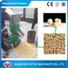 A alimentação de galinha que faz a máquina, aves domésticas alimenta o moinho da pelota, pelota da alimentação que faz a máquina