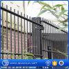 庭のための868mm、565mm PVC塗られ、電流を通された二重塀のパネルを使用して