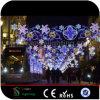 De Lichten van het grote Openlucht LEIDENE van de Grootte Motief van de Straat voor de Decoratie van Kerstmis