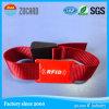 Um Wristband plástico do festival do vinil do PVC do sentido