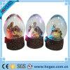 Globe religieux de l'eau de résine d'éclairage LED