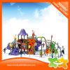 La plastica esterna multiuso del parco di divertimenti fa scorrere per i bambini
