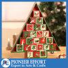 크리스마스를 위한 24의 서랍을%s 가진 나무로 되는 출현 달력