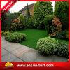 Césped verde para el césped artificial sintetizado de la hierba del paisaje del jardín