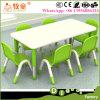 HDF matériau en bois coloré Kids 1 table avec 6 chaises, tables en bois des chaises pour la vente
