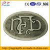 Revestimiento del emblema de la insignia del metal antiguo con hebilla