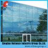 Blaues abgetöntes blaues reflektierendes Glashandelsglasgebäude