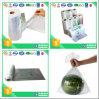 De plastic Zakken van de Kruidenierswinkel op Broodje voor Fruit en Groente