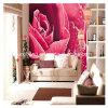 Les roses de chambre à coucher décorent le papier peint
