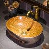 Lavabo di ceramica del bagno