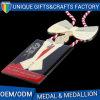 Concevoir la médaille en fonction du client en métal d'époxy de placage à l'or avec la corde