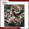 Сбывания используемых ботинок после паковать