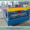 Telhado ondulado do metal de folha que dá forma à máquina