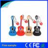 La guitarra musical del regalo de la manera formó el mecanismo impulsor del flash del USB del PVC