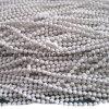 La moda de la cadena de bolas de metal de color blanco
