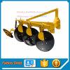 Aratro guidato del disco del macchinario agricolo con il trattore di Yto