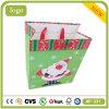 El bebé encantador de la Navidad del padre presenta el bolso de compras del papel revestido