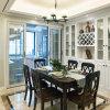 白いカラーの食堂の家具の食料貯蔵室のキャビネットの食器棚