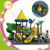 Trasparenze usate esterne di plastica del campo da giuoco dei capretti del parco di divertimenti