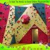 Innenim freienChidren Fiberglas-Felsen-Kletternwand