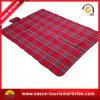 Impermeabilizzare la coperta rossa stampata di picnic
