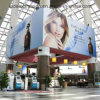 Der Hall Billboards bei The Airport LED Light Box