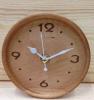 Reloj redondo simple de madera