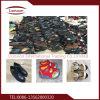 Los zapatos de cuero de los hombres utilizaron los zapatos exportados a África