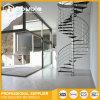En el interior y exterior de acero moderno escalera de caracol con pasamanos de acero inoxidable