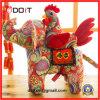 Brinquedo de pelicana de pelúcia pelicana com flores vermelhas
