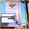 Via palo chiaro del metallo che fa pubblicità alla parentesi del segno (BT-BS-051)