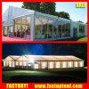 Grande tenda bianca esterna di lusso della tenda foranea di eventi della festa nuziale della parete di vetro con Linnen e le tende
