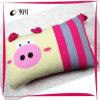 Imprimés et de la broderie de soie de porc rempli oreiller de voyage