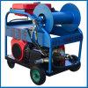 La patrulla de drenaje de alcantarillas de alta presión de la máquina de limpieza del motor