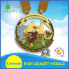Medalha barata da festa da forma da multa feita sob encomenda da fonte para a celebração