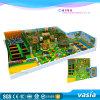 Parque interno do Trampoline 2016 para a zona dos miúdos ou o centro do jogo