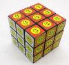Face Smiley personalizada que anuncia o cubo mágico