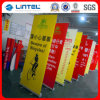 La publicité enroulent les stands faits sur commande d'exposition commerciale commerciale d'étalage de drapeau